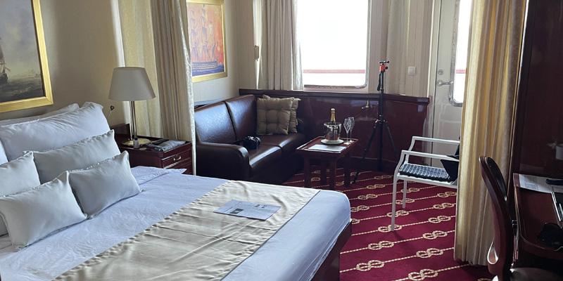 Golden Horizon Accommodation